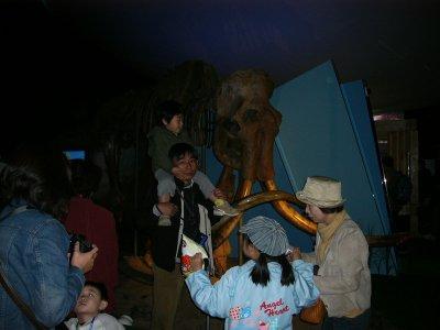 愛知万博・ロシア館のマンモスの骨格
